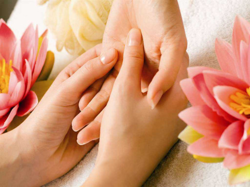 Healing Massage with Laura Linsteadt